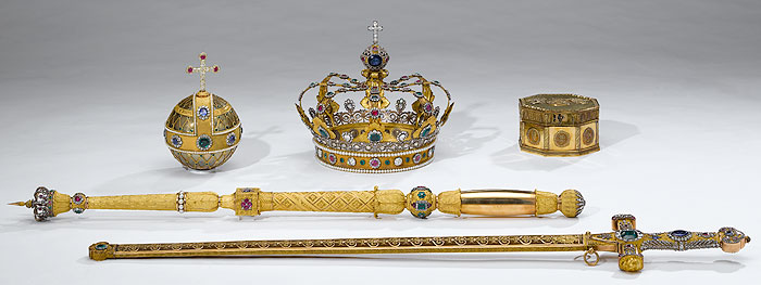 Picture: The Bavarian royal insignia, Treasury at the Munich Residence